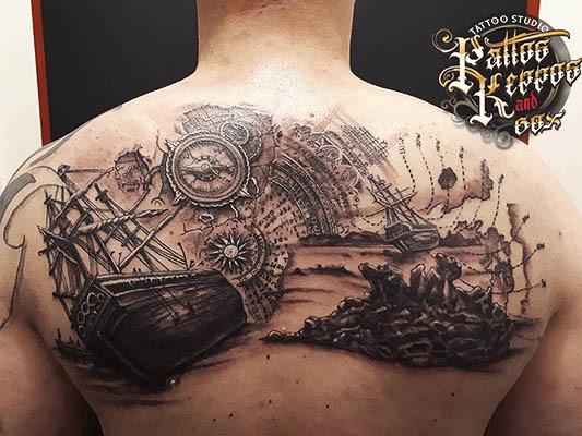 Tattoo Studio Wien in vienna Rückentätowierung Pattos Keppos