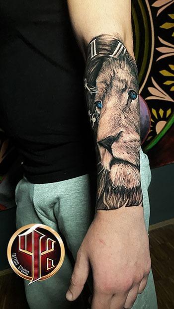 Kompass-Tätowierung---Tattoo-Studio-Pattos-Keppos-story