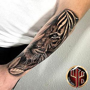 benutzerdefinierte-Tiger-Tattoo-Design-Tattoo-Studio-Pattos-Kepp